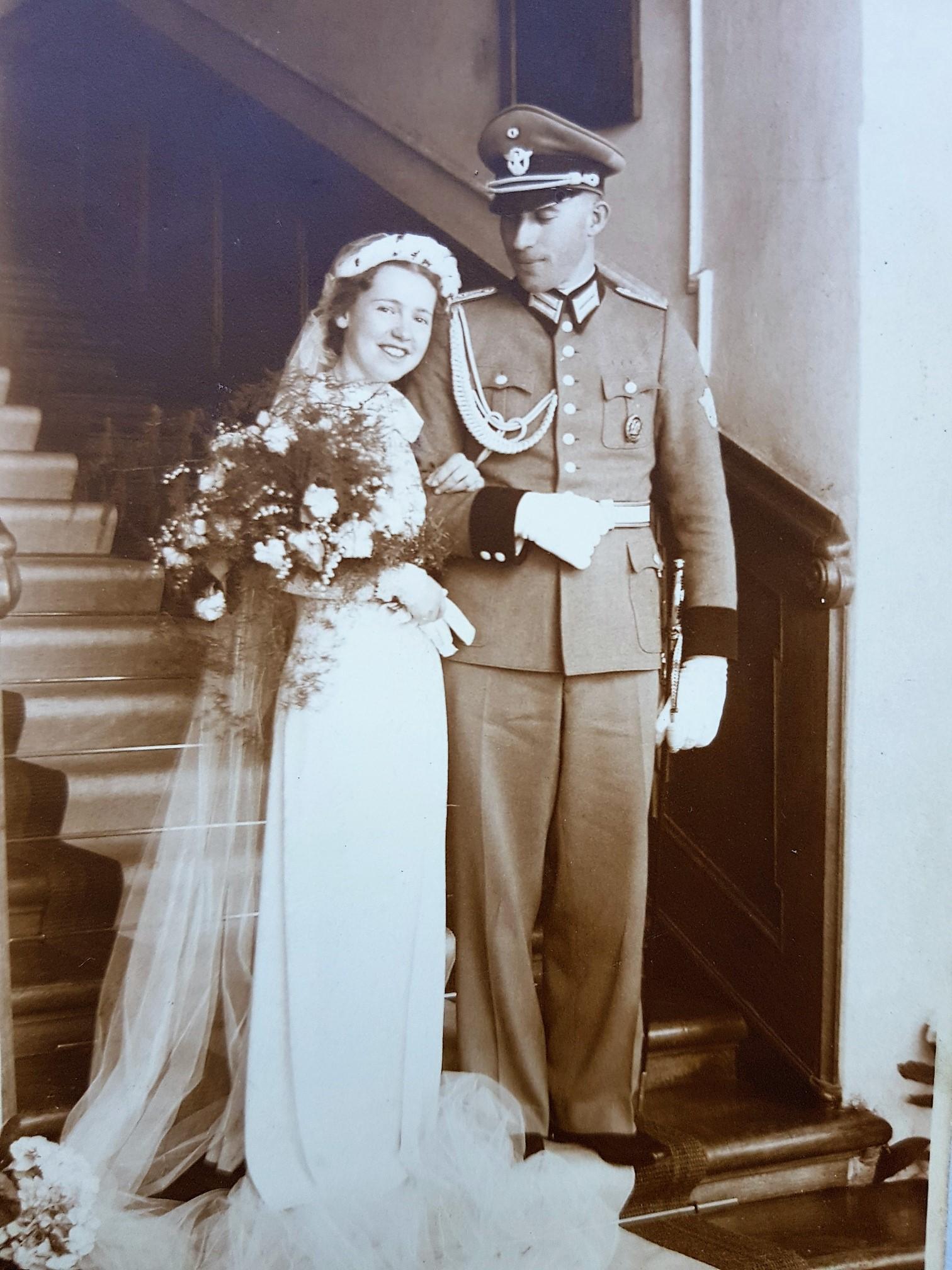 svatba komtesy Thun 1941