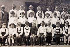 prvňáčci z Choltic a Chrtník rok 1961