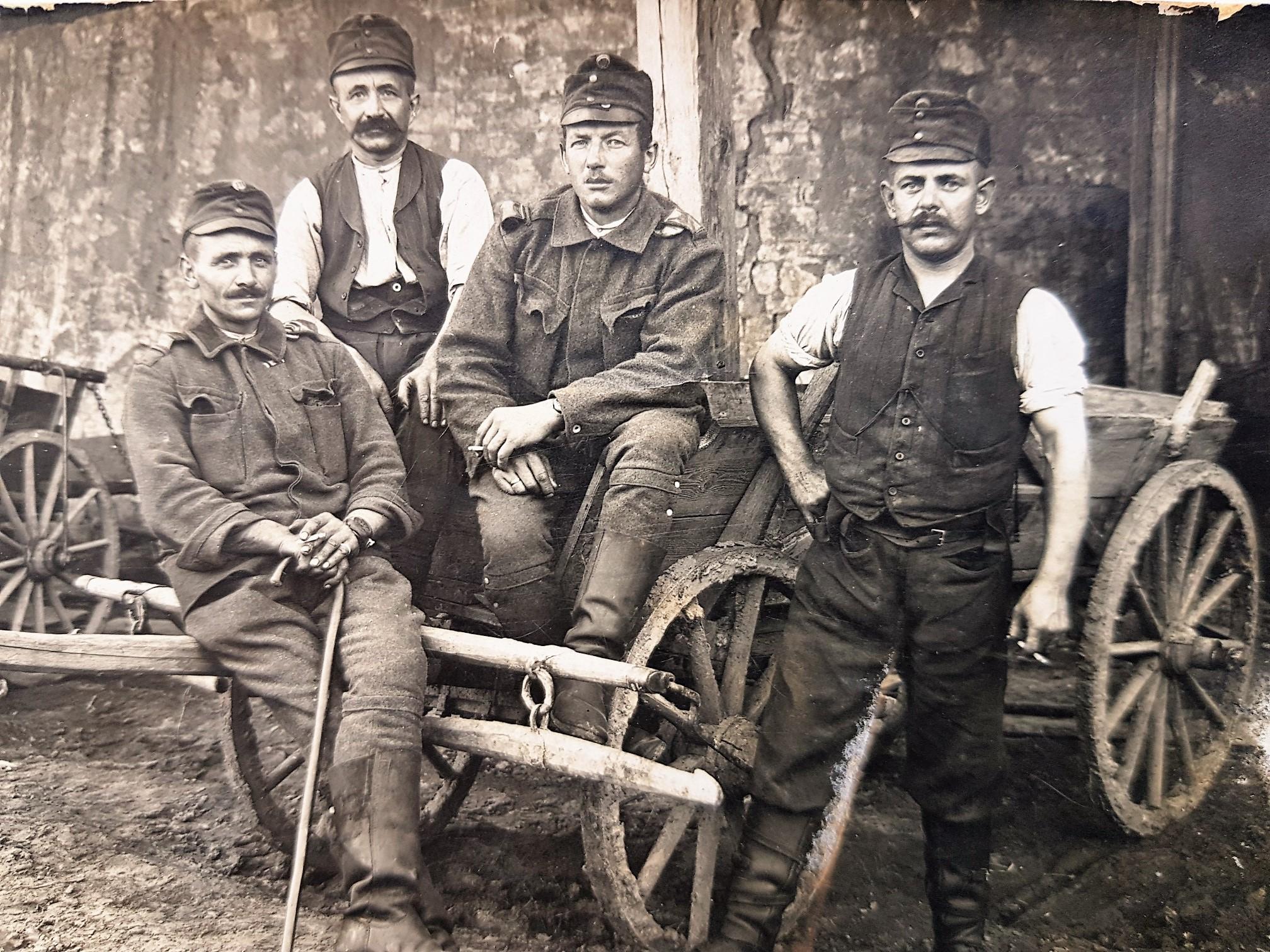vojáci z Chrtník rok 1917